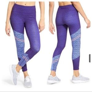 Athleta Camo Asym Sonar 7/8 Tight